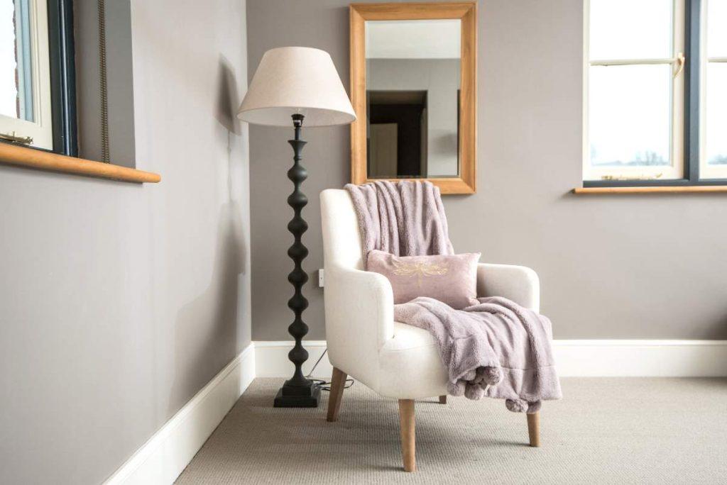 Bedroom seating